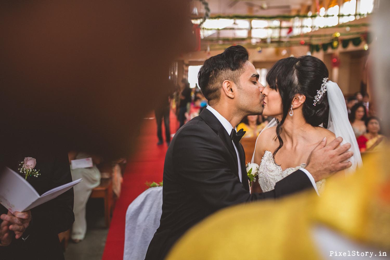 Christian-Catholic-Chruch-Wedding-Bangalore-Photographer-7346.jpg