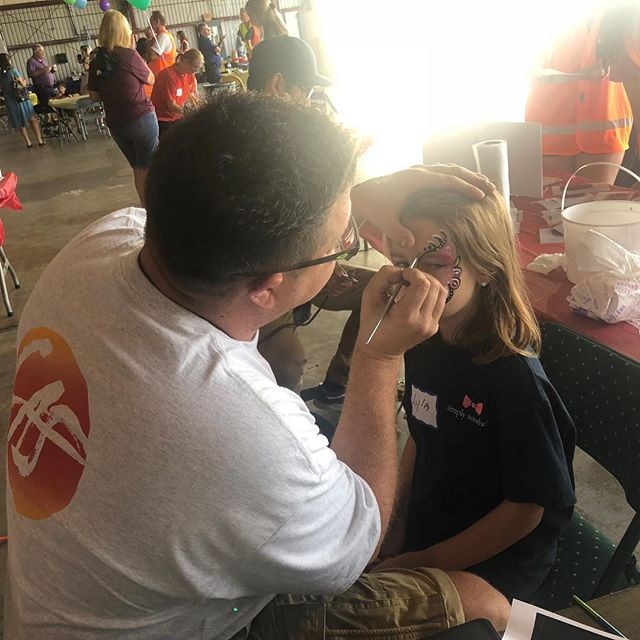Had an amazing experience with the folks over at @challenge.air painting faces and making it a special day for some incredible kids. We really enjoyed it and pretty sure they did too. Looking forward to next year. #challengeair #payitforward #craigalanstudio #facepaint #makeadifference #planes #art