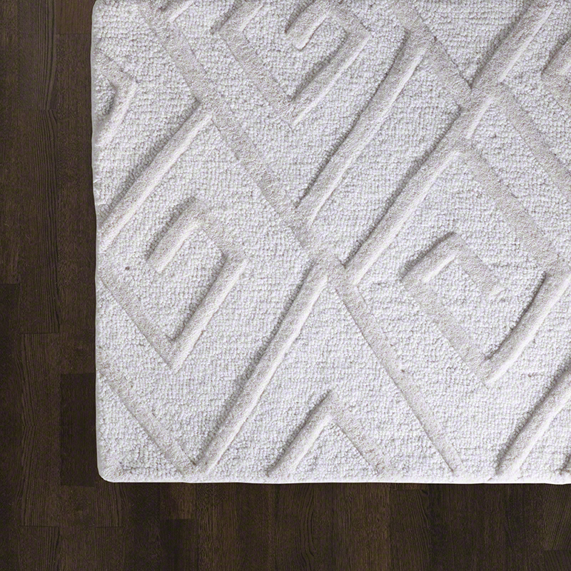 Maze Rug - This design is a casual and light-hearted interpretation of the classic Greek Key, featuring a deliberately