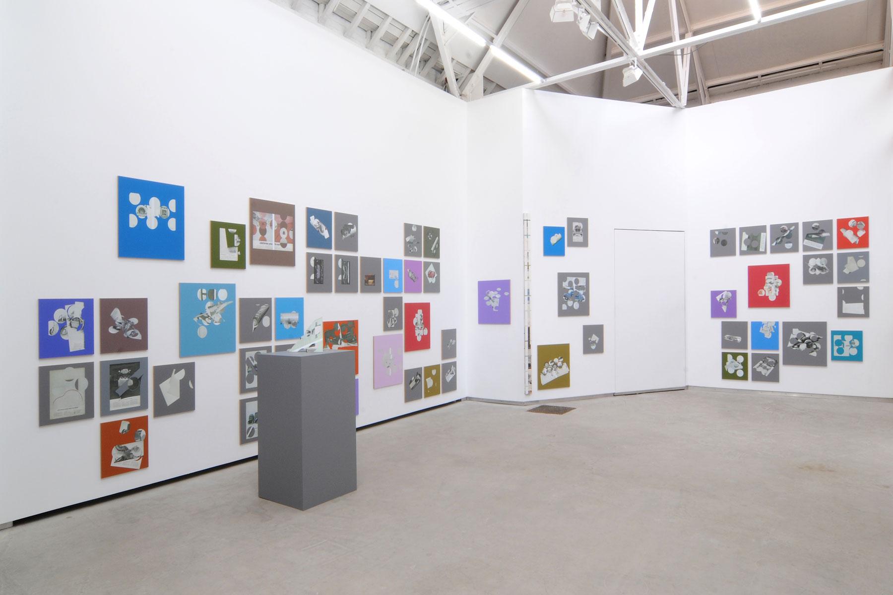 Kelley-Walker_Catherine-Bastide_2012_exhibition_Brussels_8.jpg