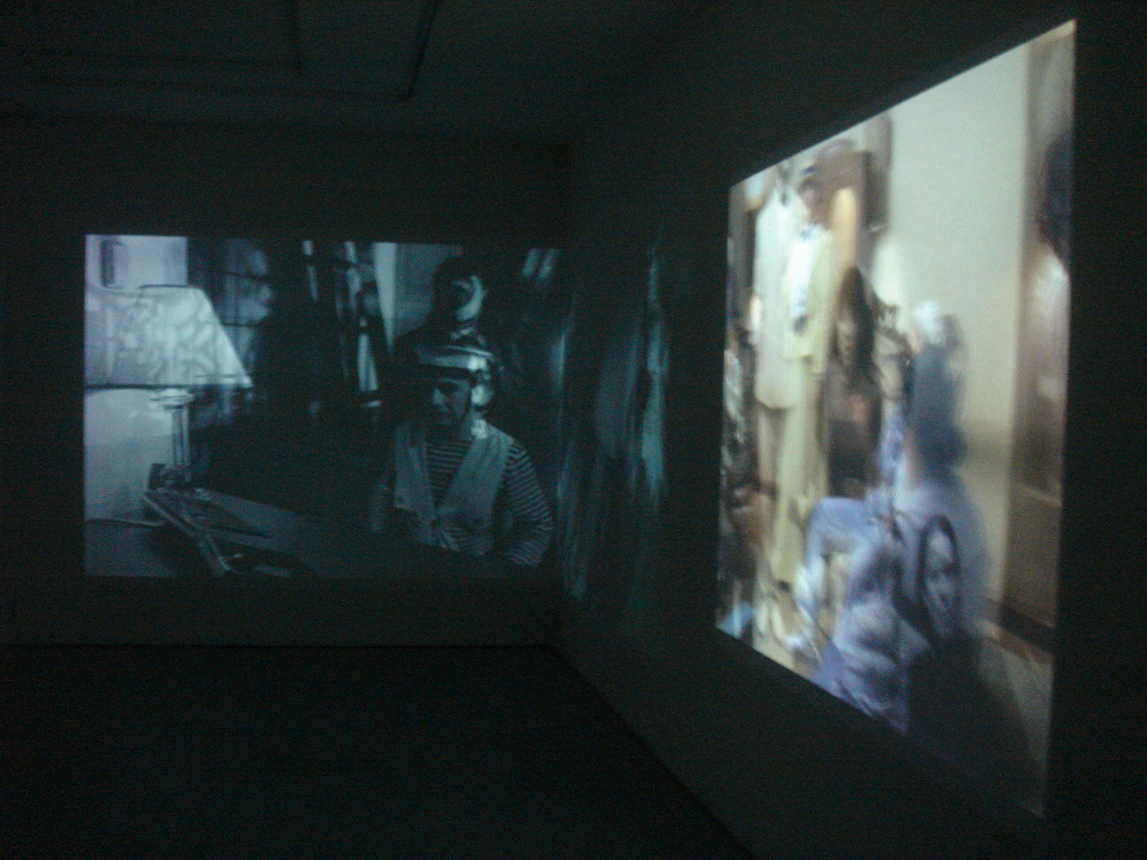 Catherine Sullivan,  The Chittendens , Catherine Bastide gallery, Brussels, 2005, exhibition view