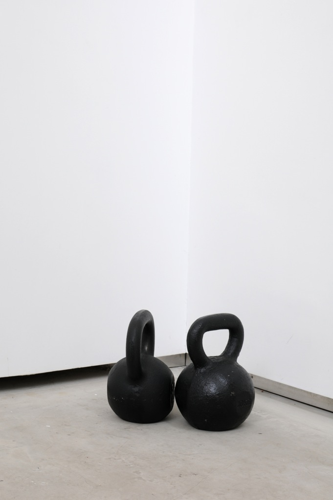 Jacques André,  Kettle Bells,  2013, 2 kettlebells, 1 of 40 Kg, 1 of 32 Kg, dimensions variables