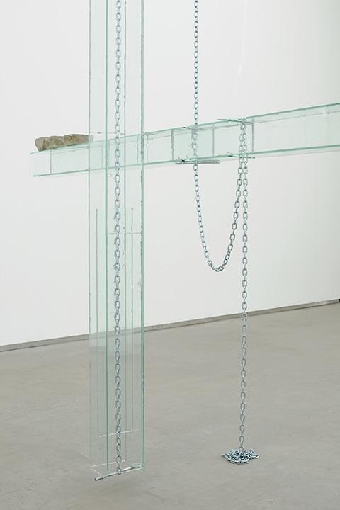 Manuel Burgener,  Untitled , 2013, glass, glue, bolts, chains, cobbles, dimensions variable (detail)