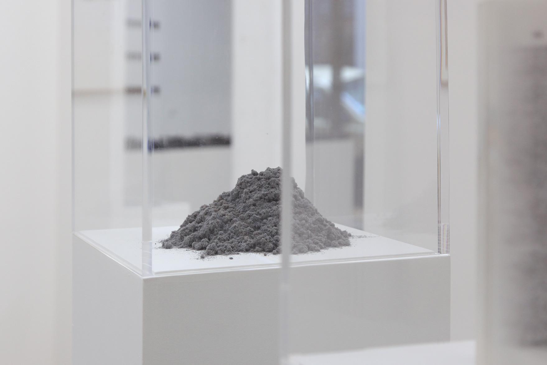 26.01.2018 until 05.05.2018 , Catherine Bastide projects, Marseille, exhibition view, 2018 - Jérémie Bennequin, TOM(B)E & MO(N)T,  detail view