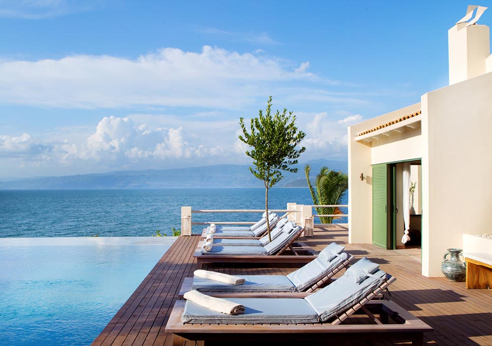 The-Villa-Amalia-Courtyard-Pool69.jpg