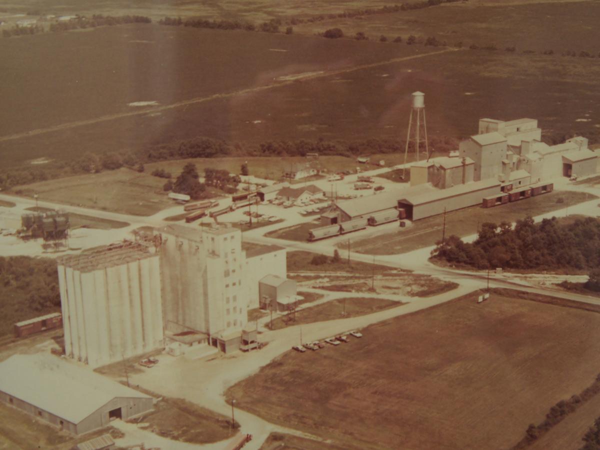 1980 Farmers Rice Mill