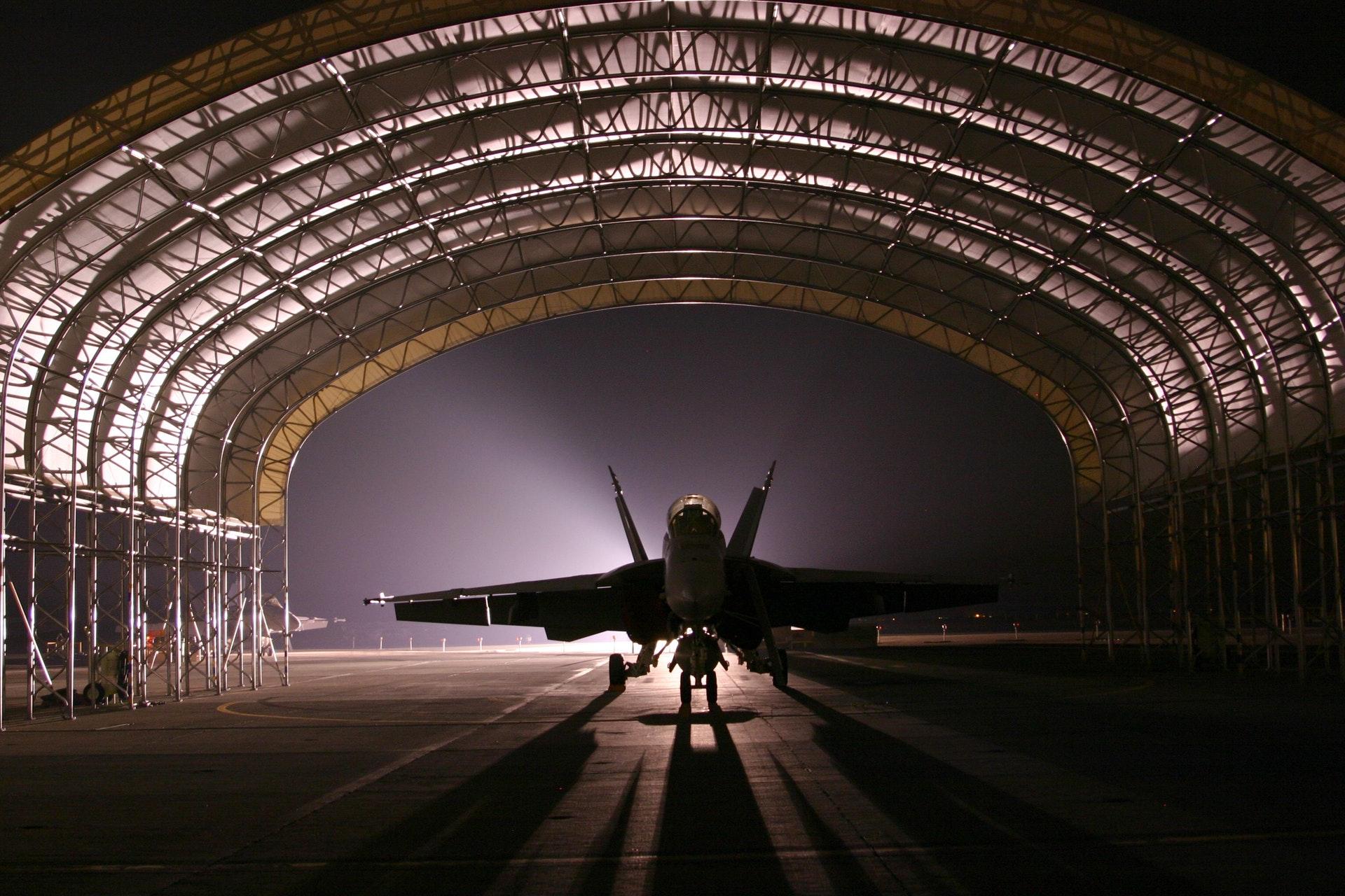 hangar-jet-aircraft-fighter-72593.jpeg