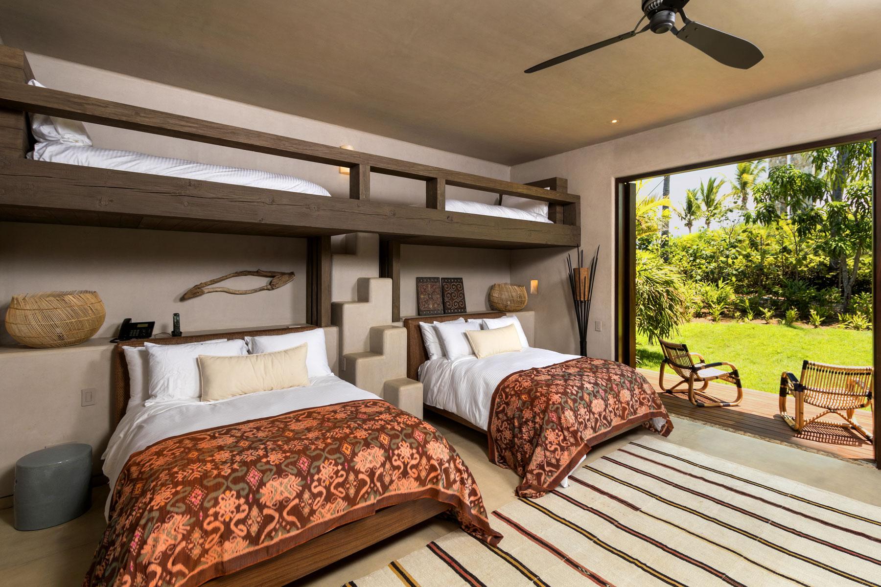 Coral suite