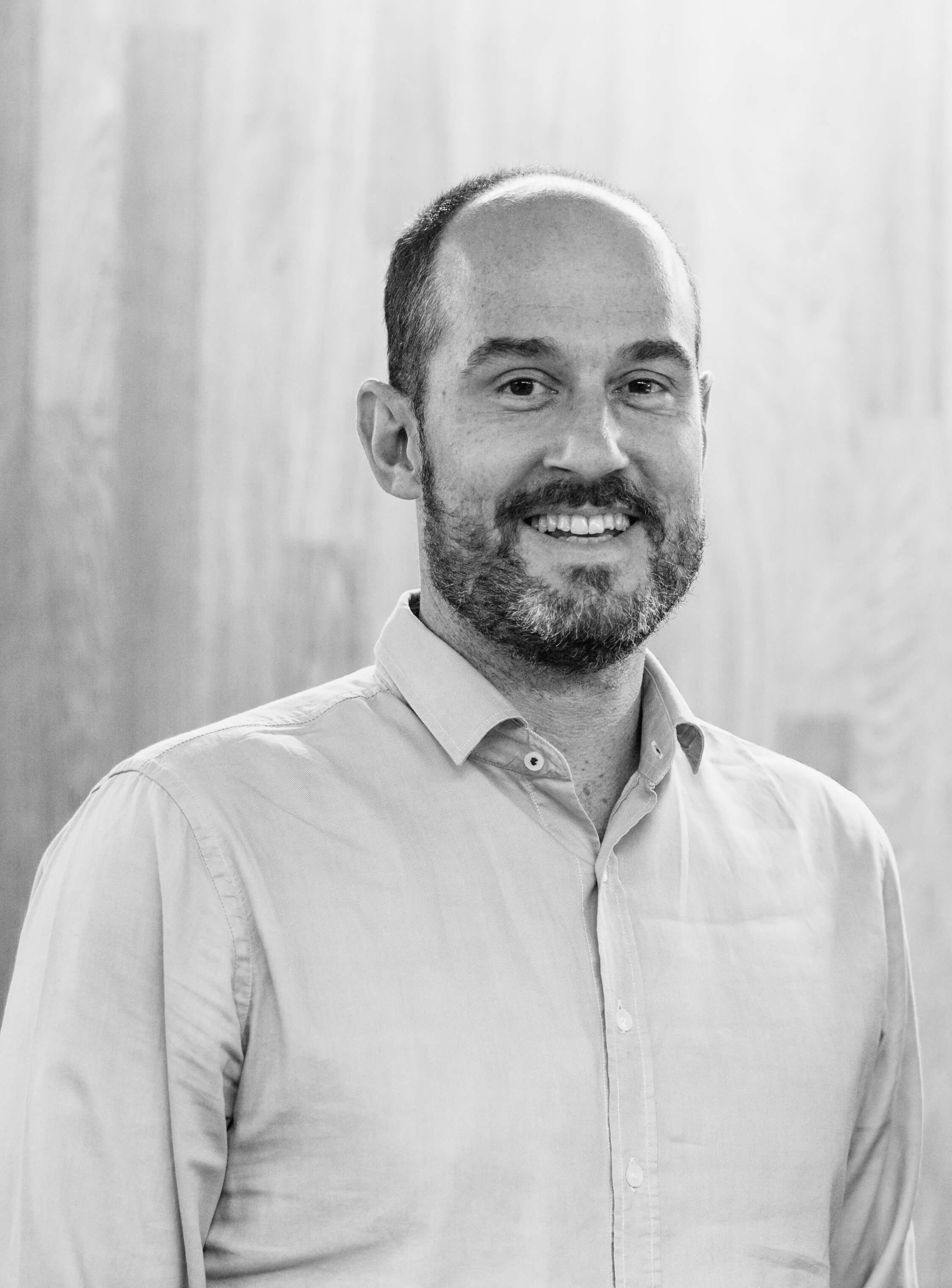 Episode 034 - Joel Phillips, CEO Pig.gi & Founder at Siglo