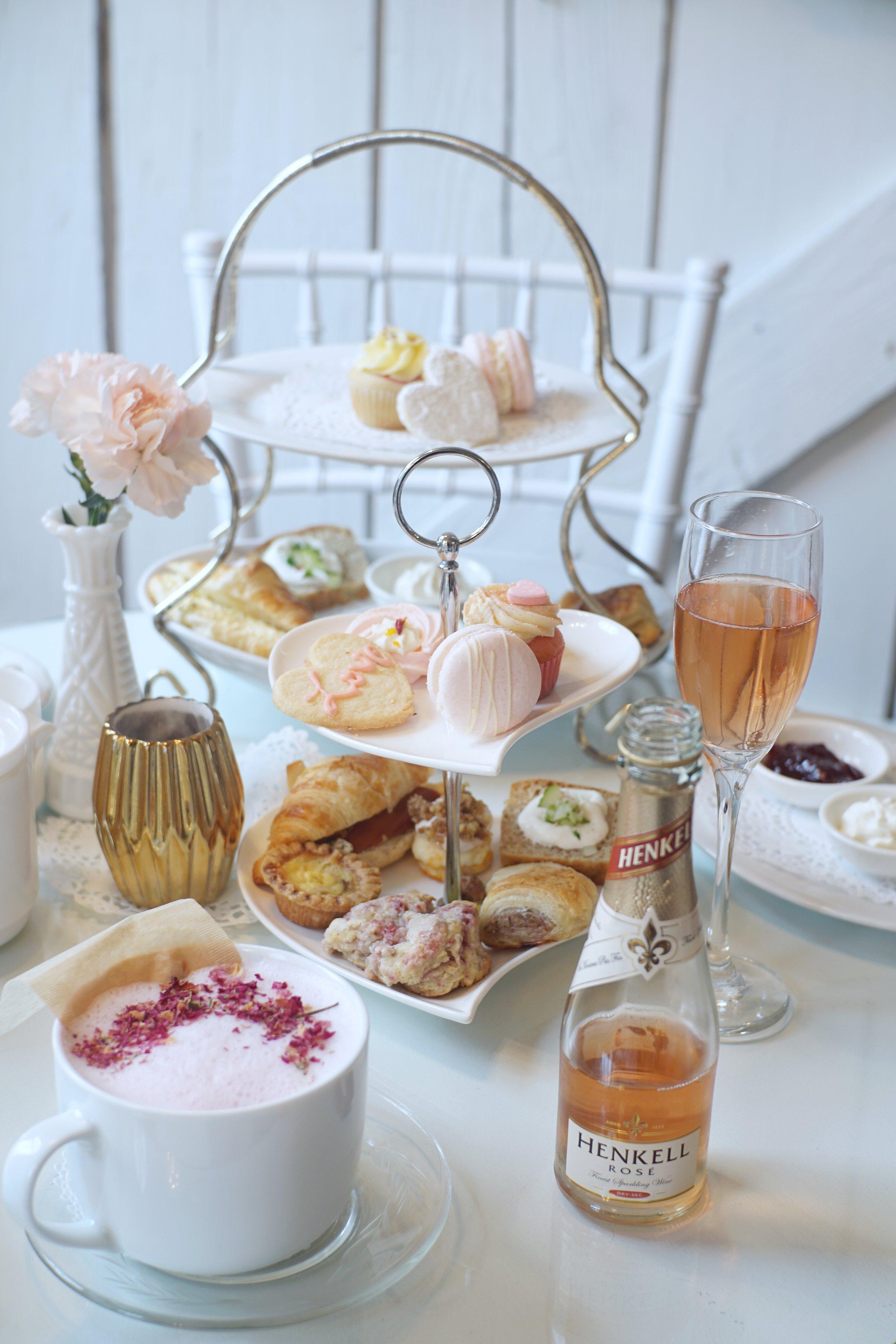 LWH Creme De La Earl Grey & Pretty In Pink Valentine's Day tea set.