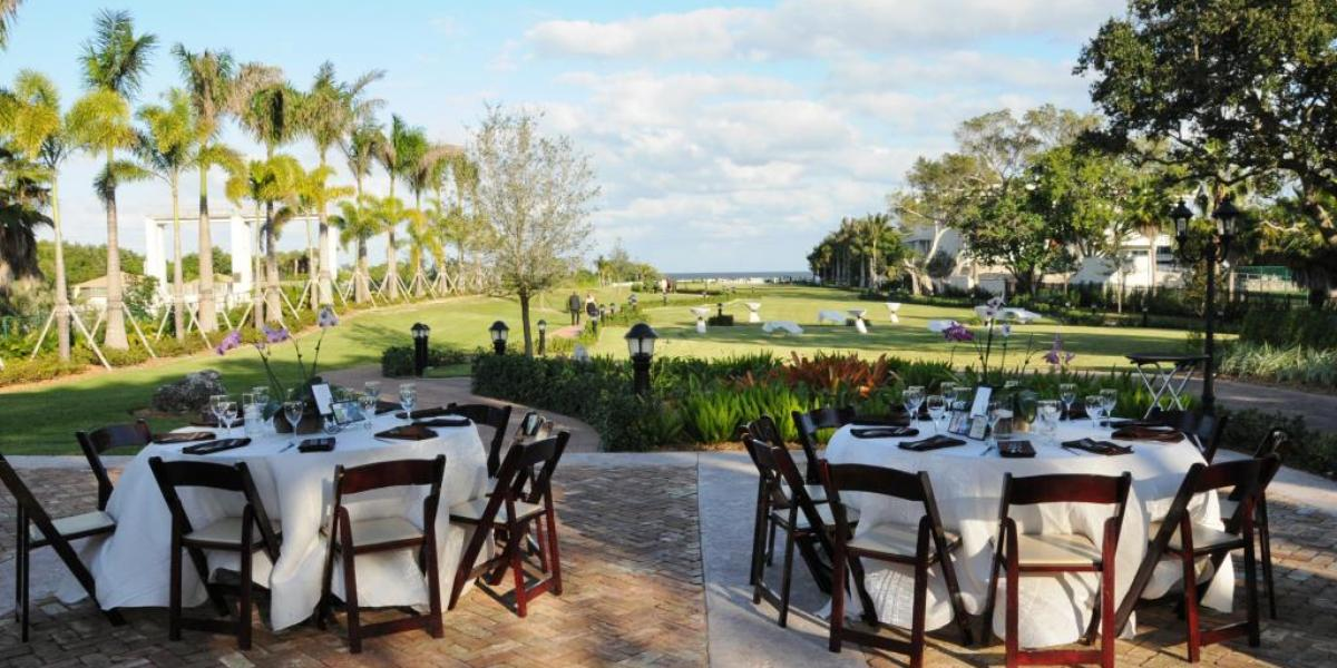 Thalatta-Estate-at-the-Village-of-Palmetto-Bay-Wedding-Miami-FL-12.1432237635.jpg