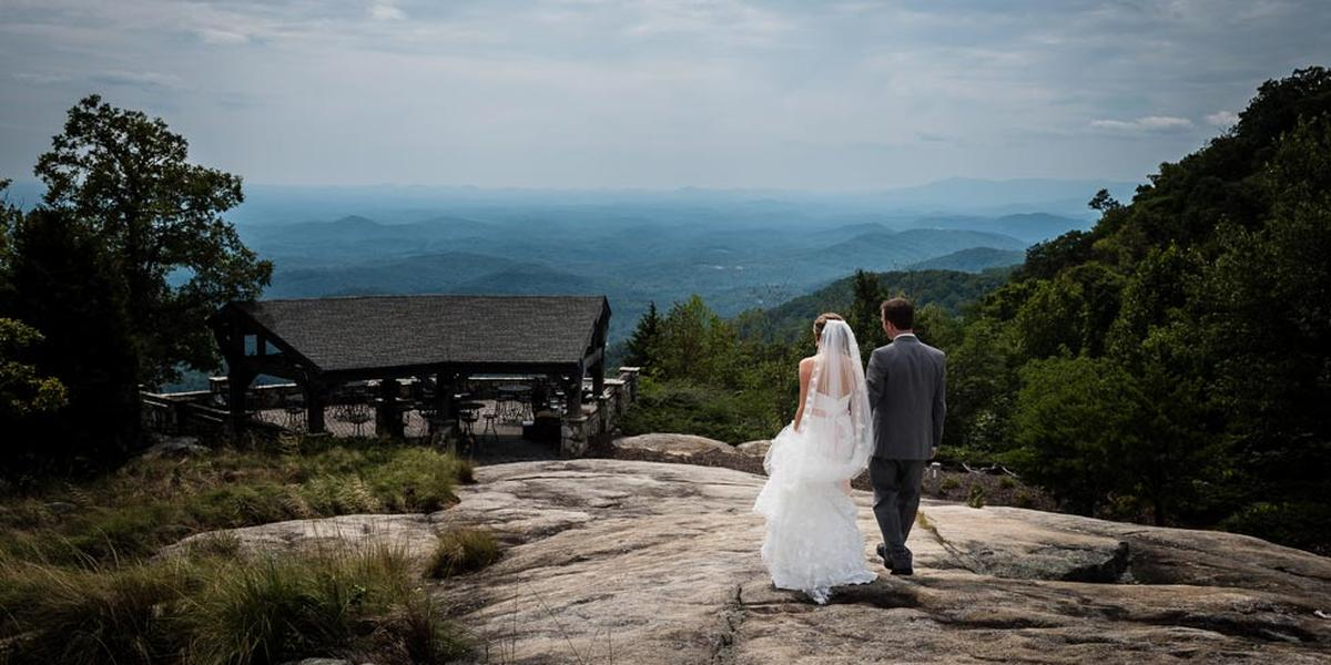 The-Cliffs-at-Glassy-Chapel-Wedding-Greenville-SC-1.1455961744.jpg