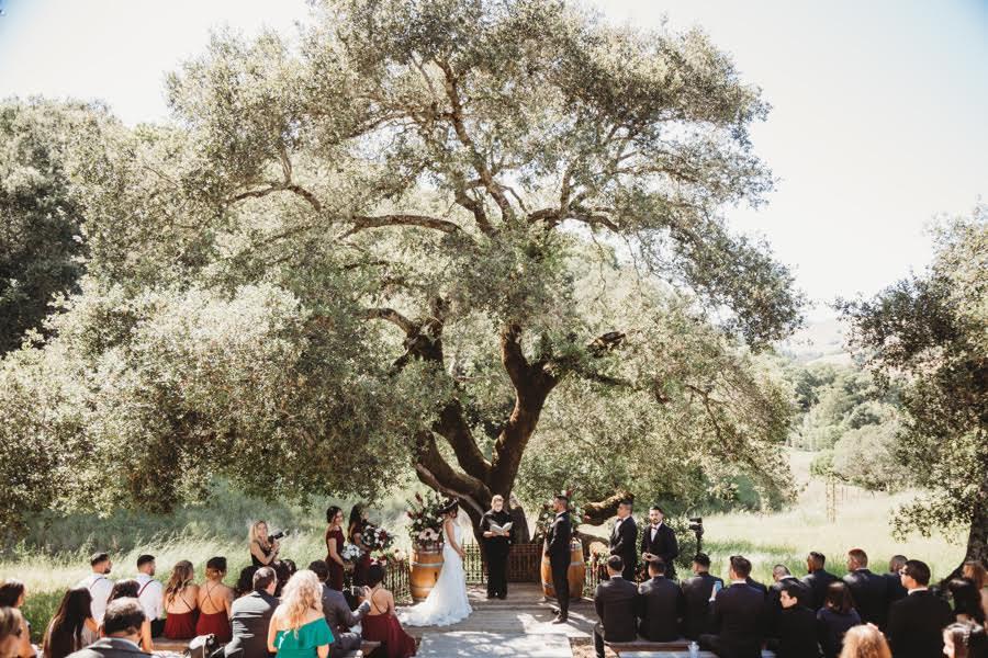 10-of-Our-Favorite-Farm-Wedding-Venues-in-the-U.S.-000015.jpg