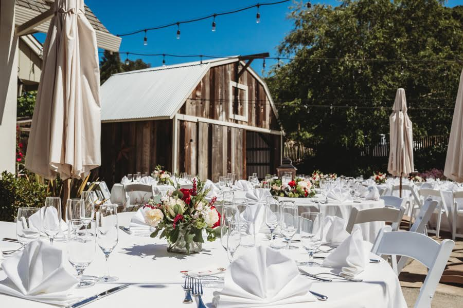10-of-Our-Favorite-Farm-Wedding-Venues-in-the-U.S.-00001.jpg