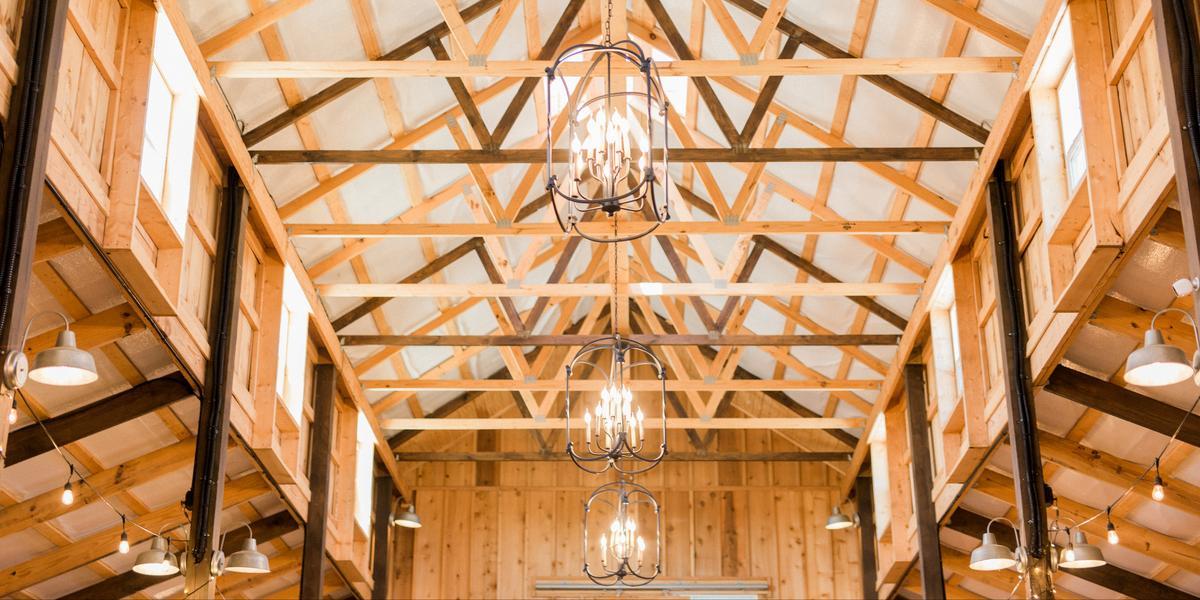 10-of-Our-Favorite-Farm-Wedding-Venues-in-the-U.S.-00009.jpg