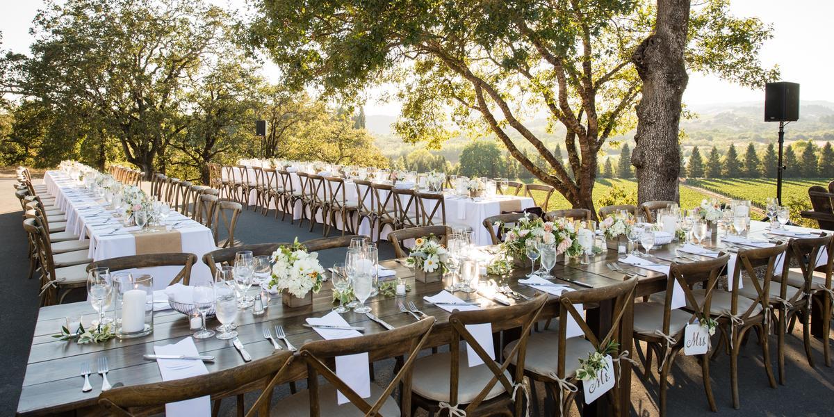 10-of-Our-Favorite-Farm-Wedding-Venues-in-the-U.S.-00005.jpg