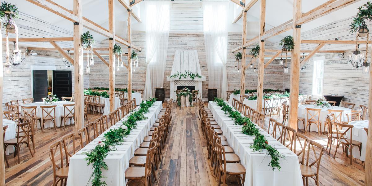 10-of-Our-Favorite-Farm-Wedding-Venues-in-the-U.S.-00008.jpg