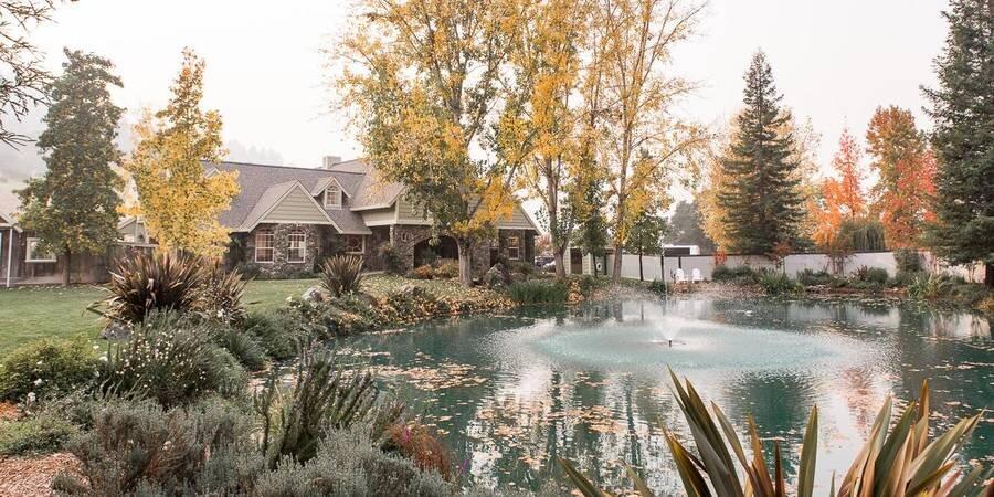 Mountain-House-Estate-Cloverdale-CA-698a61cc-8673-4e0e-a625-881b953bc834.1567795801-97450e389c42885476f1fbe9bc5bca5a.jpg