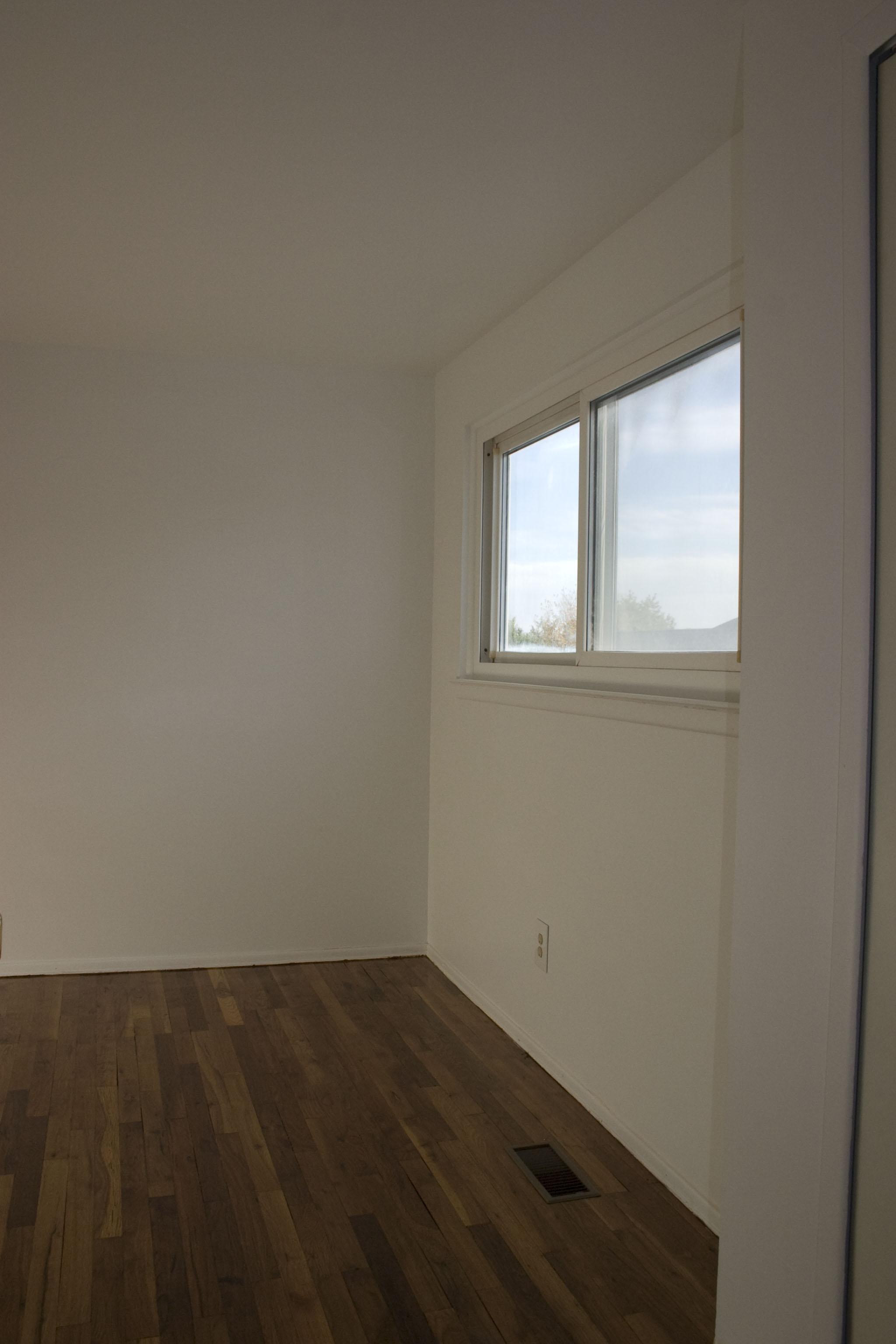 2-bedroom smaller bedroom