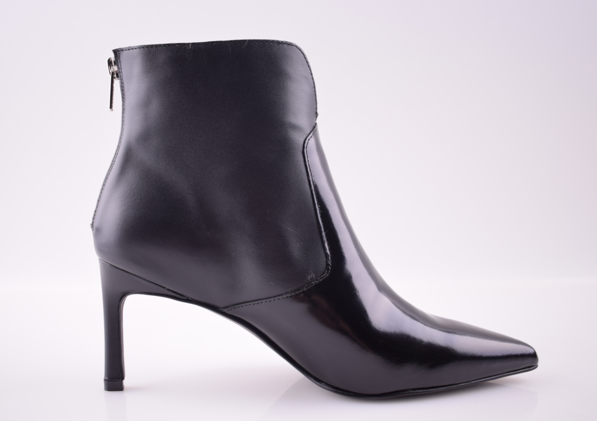 AMBER BOOT5.PNG