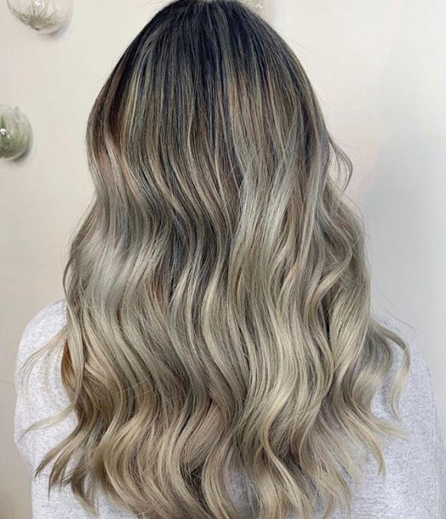 ASH ASH BABY ✨✨✨ Another stunning ash done by lead stylist, Clarissa! @designsbyclarissa⠀⠀⠀⠀⠀⠀⠀⠀⠀ .⠀⠀⠀⠀⠀⠀⠀⠀⠀ .⠀⠀⠀⠀⠀⠀⠀⠀⠀ .⠀⠀⠀⠀⠀⠀⠀⠀⠀ .⠀⠀⠀⠀⠀⠀⠀⠀⠀ .⠀⠀⠀⠀⠀⠀⠀⠀⠀ .⠀⠀⠀⠀⠀⠀⠀⠀⠀ #industrysalonseattle #seattle #seattle_igers #seattlehair #seattlehairsalon #seattlebeauty #seattlecolorist #seattlehairstylist #capitolhillseattle #hair #hairporn #hairgoals #behindthechair #modernsalon #hotonbeauty #btcpics #americansalon