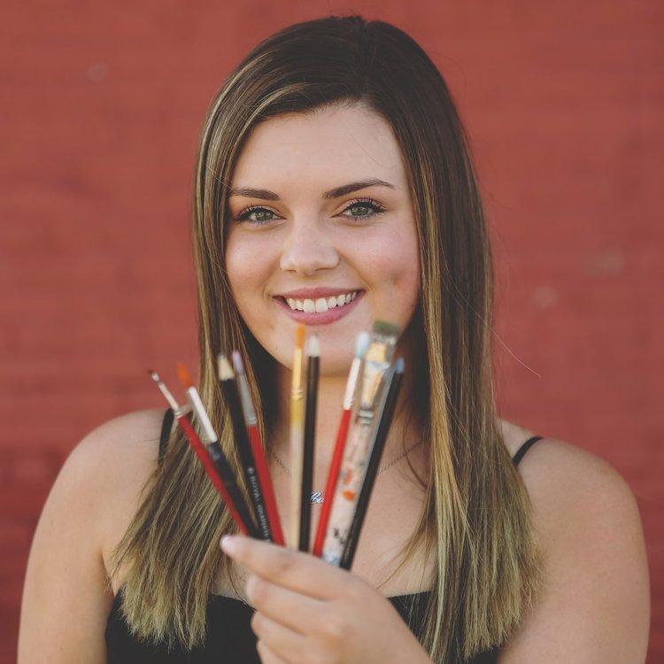 Callie McMahon - Artist/Creative