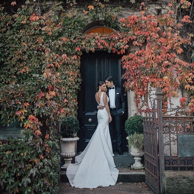 We LOVE Autumn weddings! If you want to see more of this stunning day check out our website. And if you're planning yours get in touch today🍁🍂 📷: @idophotographynz