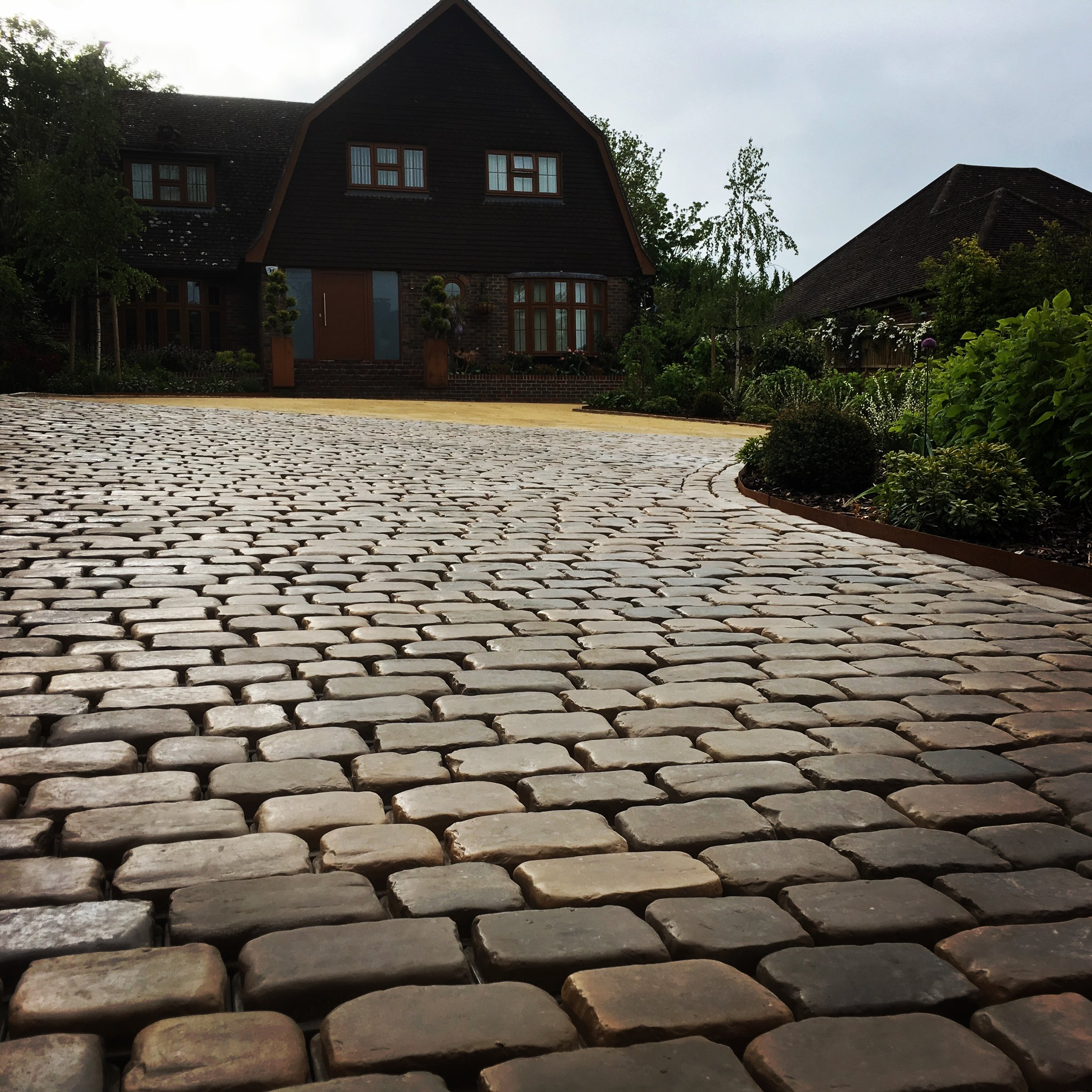This driveway in Havant Hampshire was laid using the Marshalls Drivsys block, an absolute stunning driveway
