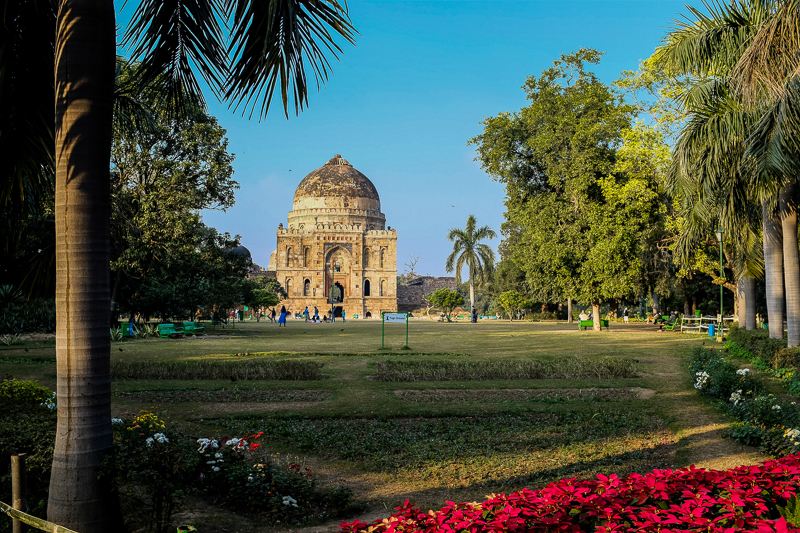 To be fair, Delhi has a lot of parks, temples and the Red Fort. This is all I saw of it, so my impression of the city might be a bit flawed.