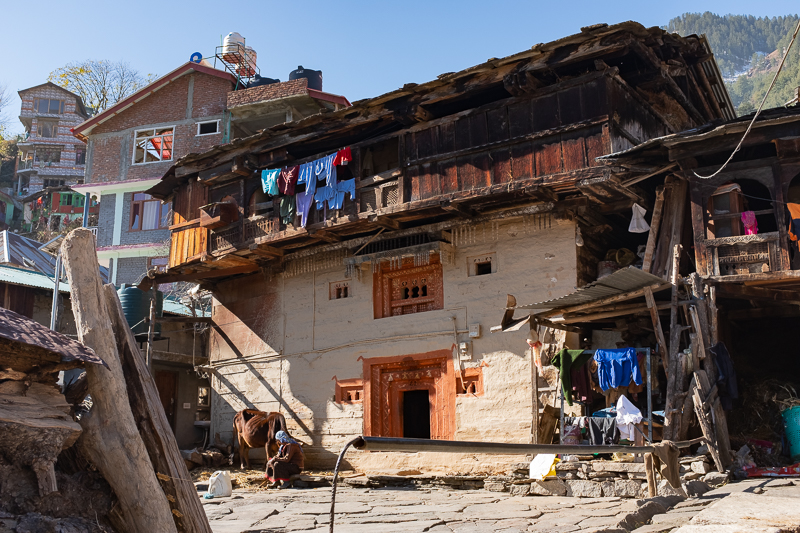 House in Old Manali, bearing a certain resemblance to houses in the Alps.