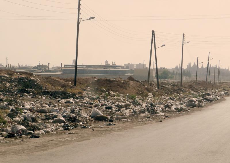 Der erste Eindruck von Syrien: Überall Plastikmüll.