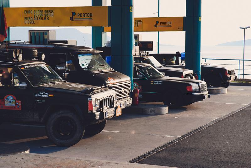 Die enge Taktung der Tankstopps wurde vom Spritverbrauch des Chevy-Vans vorgegeben.