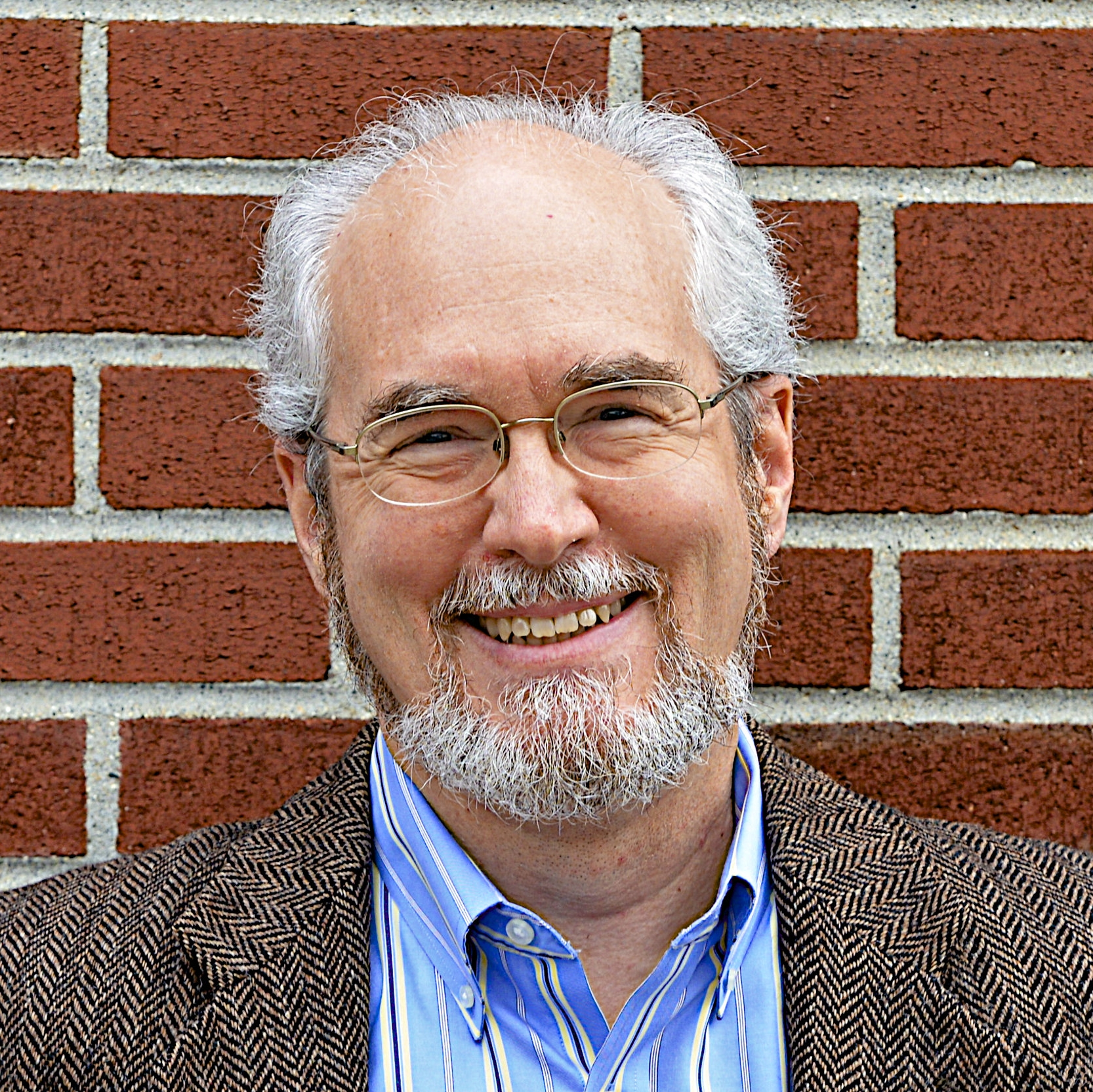J. David Gibbs - Executive Directordgibbs@caasomerville.orgDavid has been the Executive Director of CAAS since September 2014. David is an attorney with over 20 years of experience in the legal and nonprofit sectors, including serving as the Executive Director of the Cambridge Community Center and the Family Institute of Cambridge. He earned a law degree from Boston University School of Law and did his undergraduate work at Princeton University and the Rhode Island School of Design. More recently he attended the Institute for Nonprofit Management and Leadership at the Boston University School of Management. David and his family live in Somerville. When not working he can often be found hanging off the edge of a cliff rock climbing.