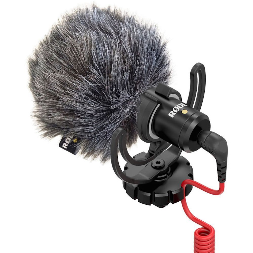 Rode VideoMicro Compact Microphone - http://amzn.to/2vWit8l