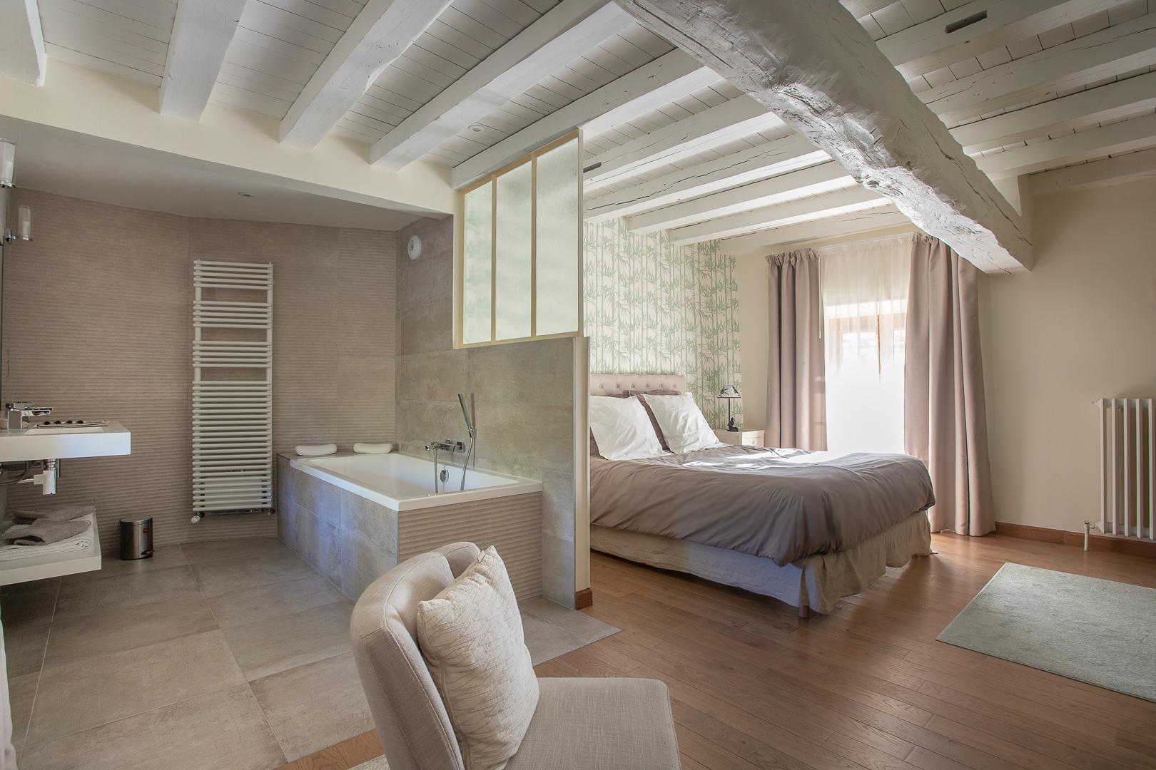 Chambre hote Chevannes Yonne--13.jpg