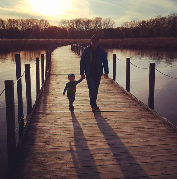 Confessions of a Zero Waste Mama - This is a guest post by The Mindful Mom Blogapher where she talks about the real moments in her life as a zero waste mom. You can use disposable diapers and still be zero waste because at the end of the day you have to do the best you can.