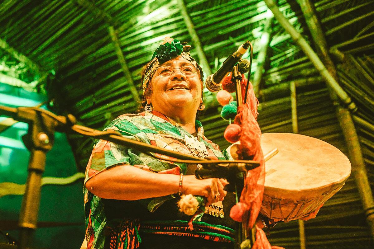 mapuche-Indigenous-music-tribal-gathering-panama.jpg.jpg