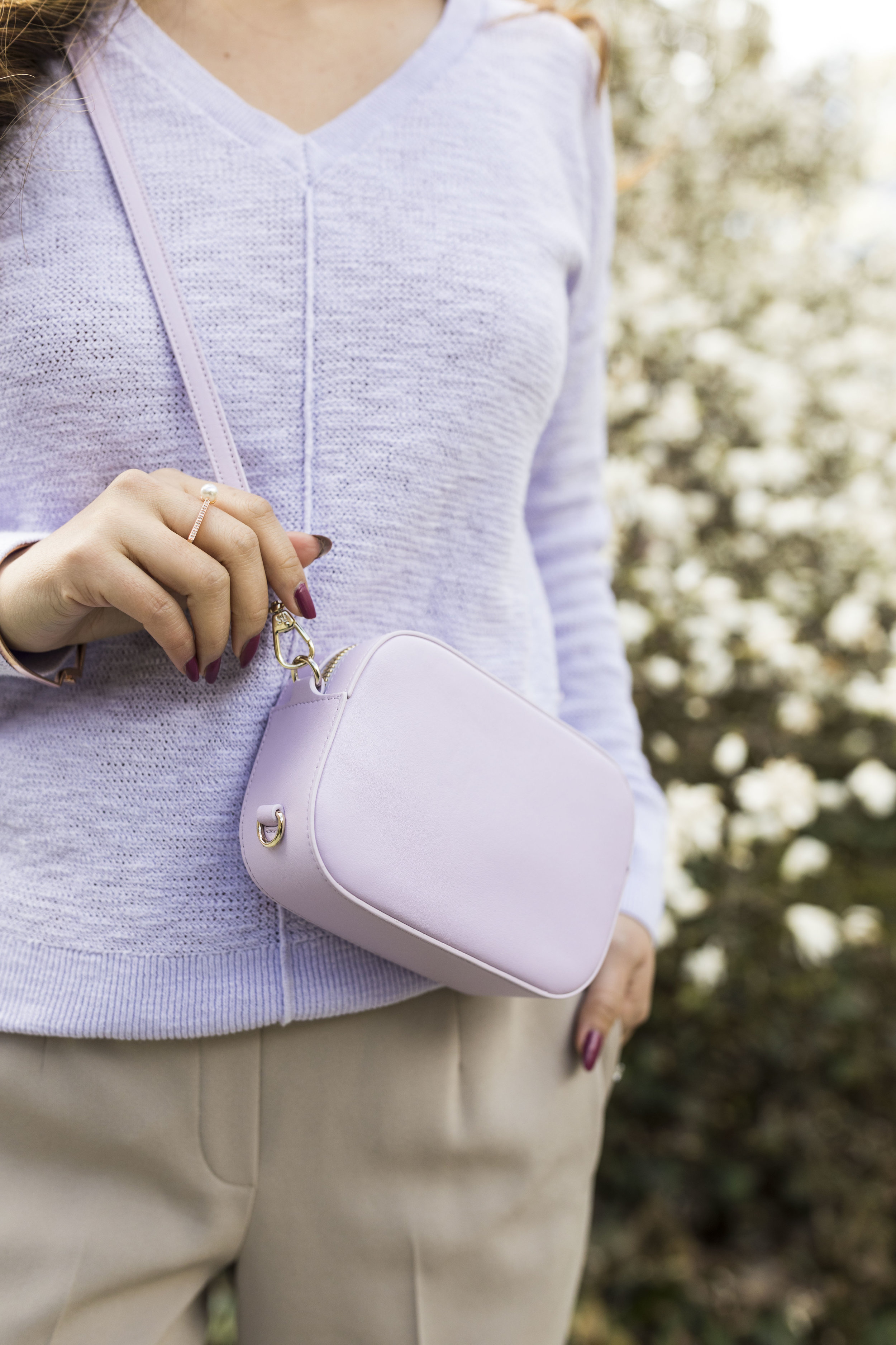 Camera bag from  Pop & Suki ; use HAPPILYEVERSTYLE15 for 15% off your entire order! Photo by Ashley Gallerani.