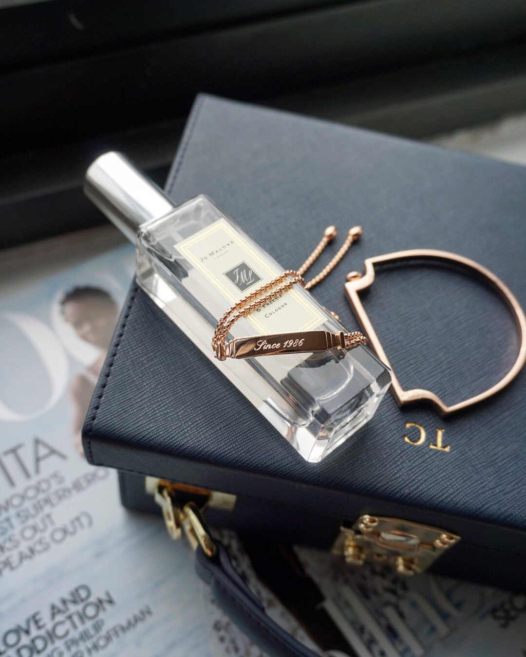 Use  MAY15MV  to get 15% off your order on www.monicavinader.com (valid from May 1 to 7).