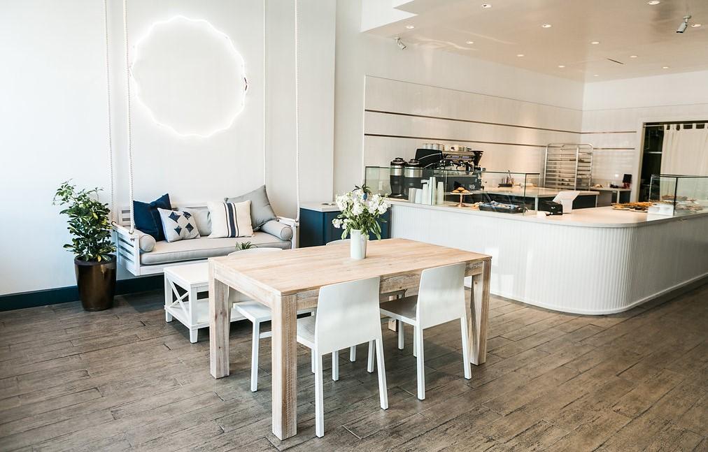 Brentwood store.jpg