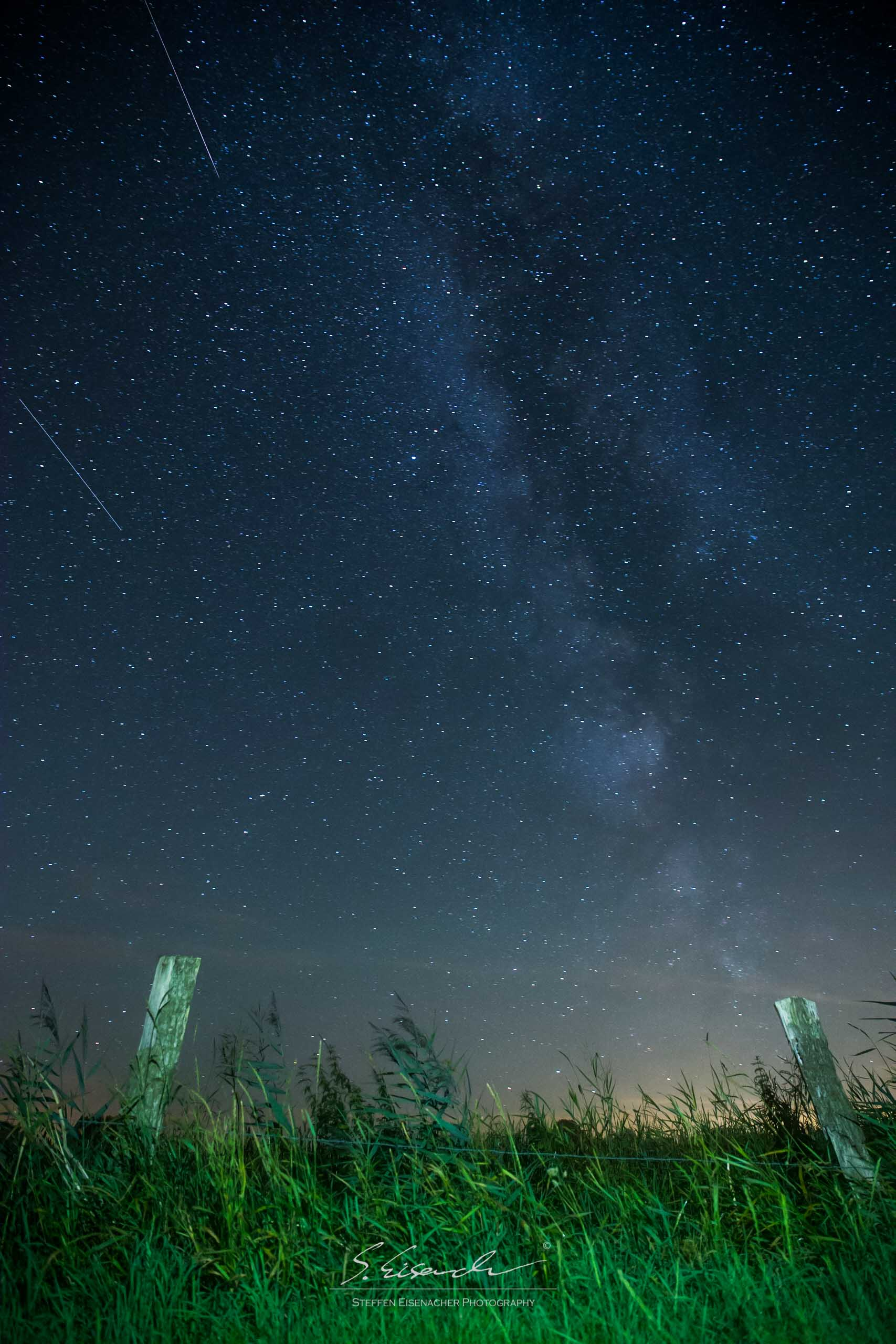 My very first attempt at capturing the Milkyway! 25sec f/4 ISO4000 24mm Full Frame