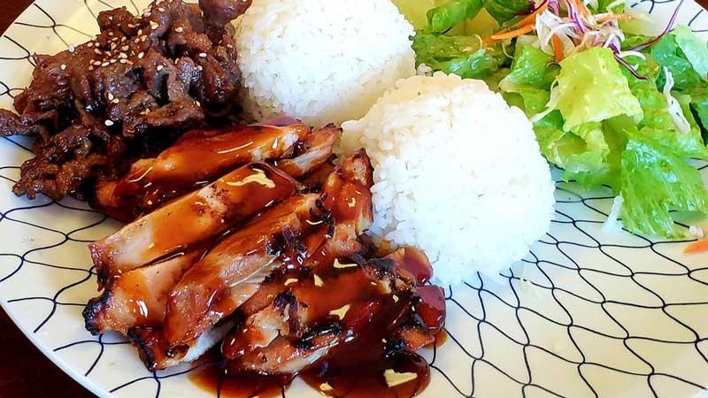 toshis-teriyaki-edmonds-chicken-beef.jpg