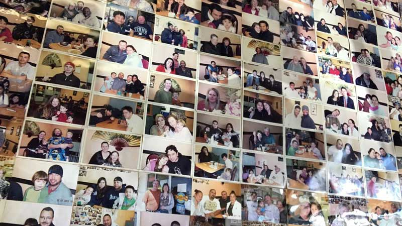 toshis-teriyaki-burien-photo-wall.jpg