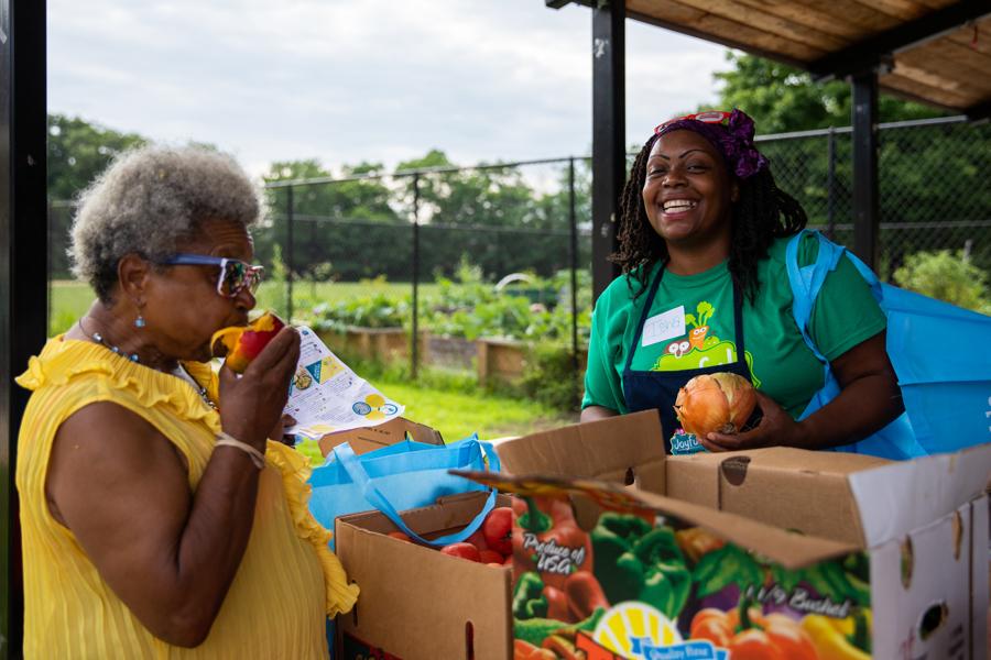 Martha's Table and the Capital Area Food Bank bring you Joyful Food Markets!  Photo courtesy of Sarah Jane Holden Photography for Martha's Table