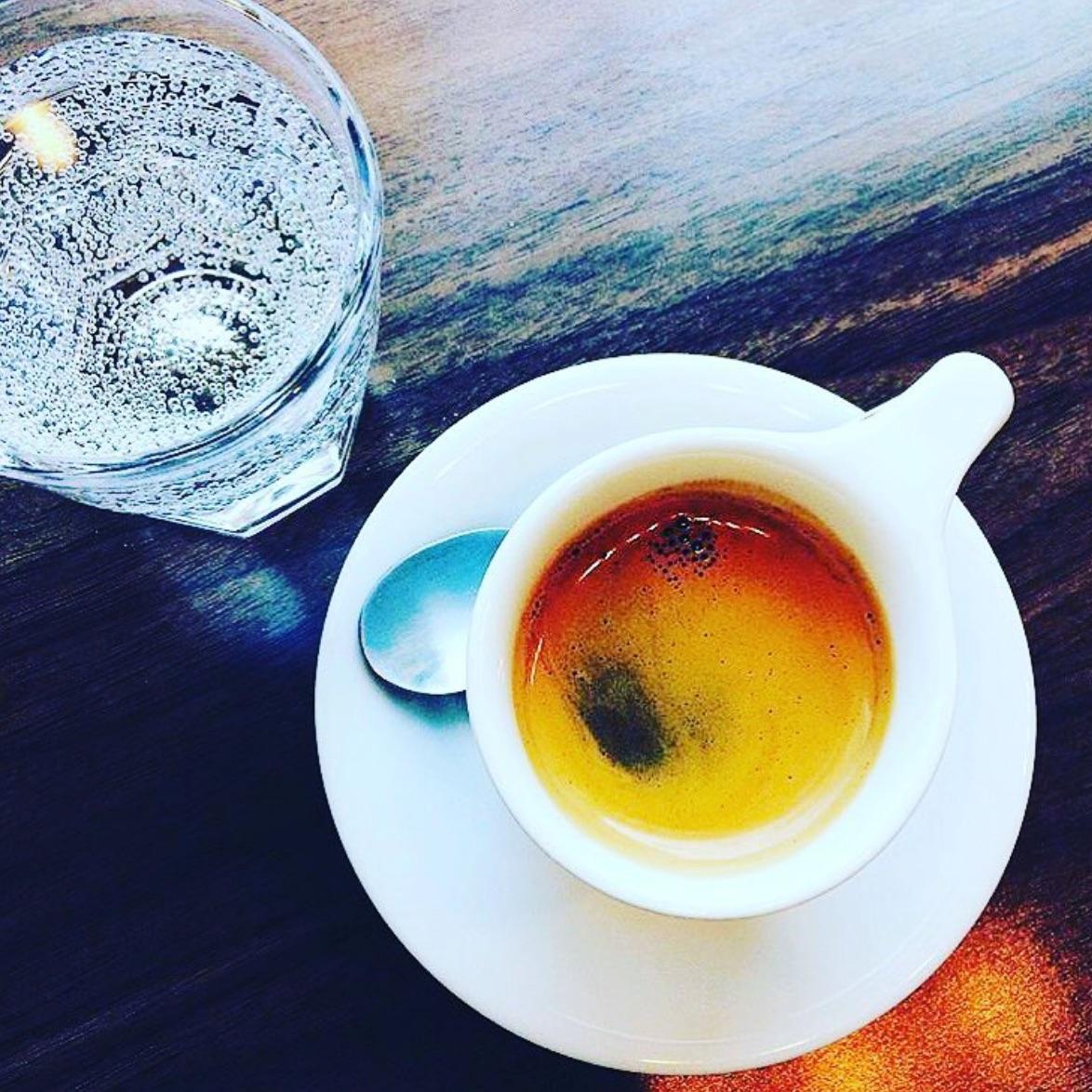 Zetêo_Coffee_-__Zeh-tā-ō____zeteocoffee__•_Instagram_photos_and_videos.jpg