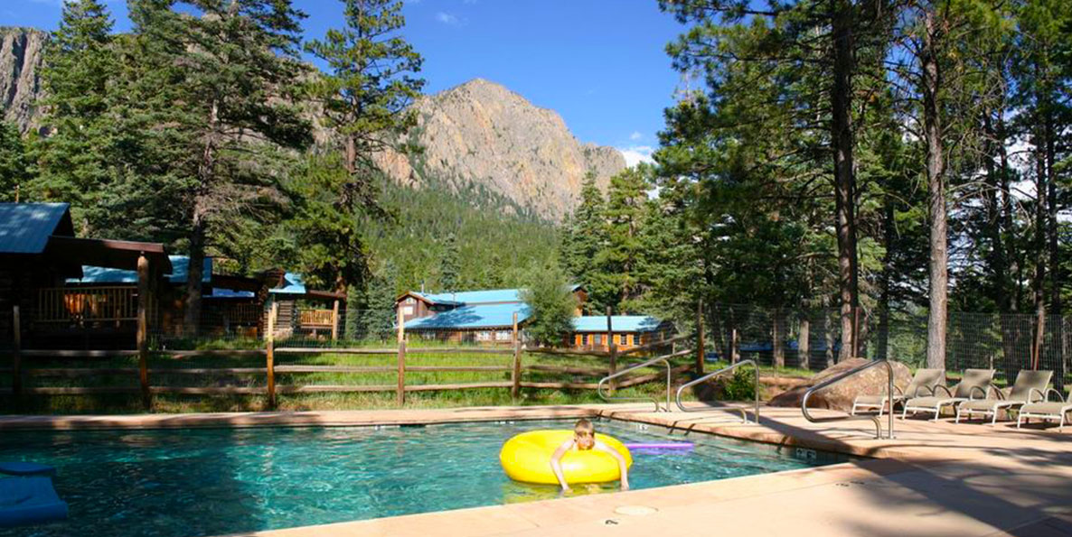 Corkins-Lodge-Mountain-Outdoor-Pool.jpg