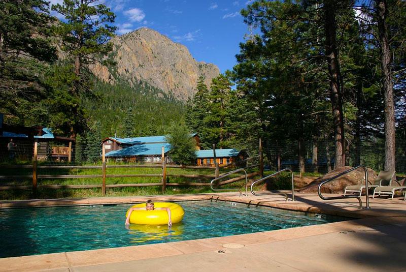 Corkins-Lodge-Web-Sm-Swimming-Pool-Mountains.jpg