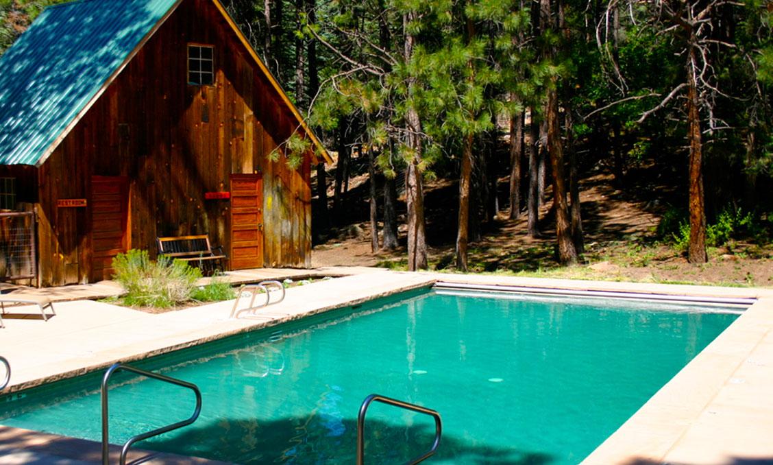 Corkins-Lodge-Activities-swimming-pool.jpg