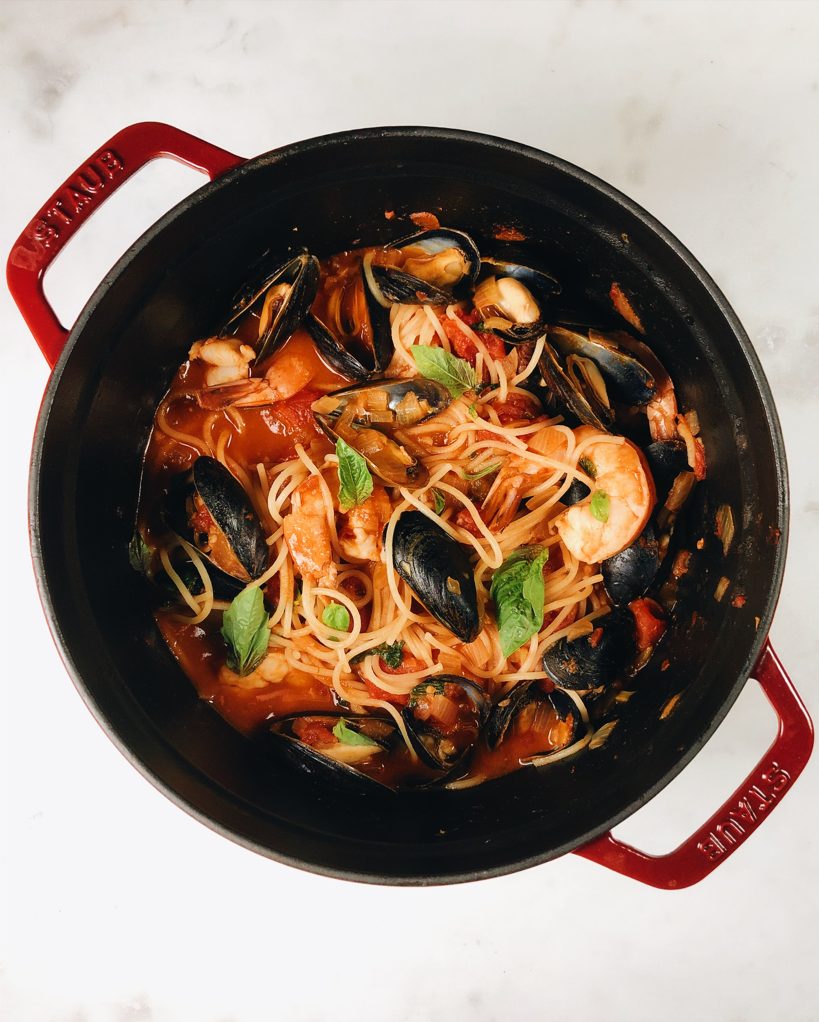 seafood-pasta-italian-shrimp-mussels.jpg