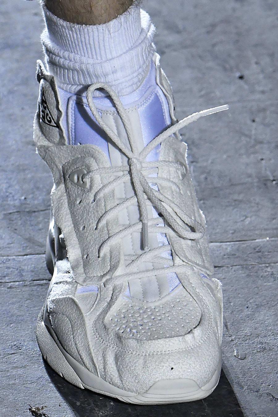 oficial mejor selección siempre popular COMME DES GARCONS x Nike Air Mowabb COLLAB AT PARIS FASHION WEEK ...
